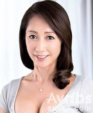 AV 배우 난조 레이나 사진